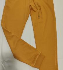 Bershka jogger comfortable fit hlače vl.S