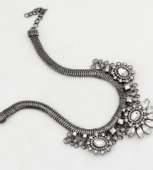 Srebrena ogrlica