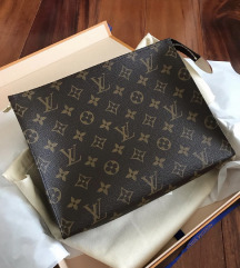 KUPUJEM Louis Vuitton Toiletry Pouch