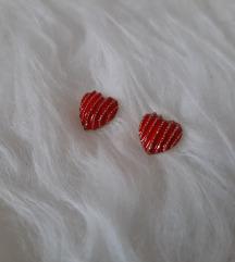 Nove naušnice srca