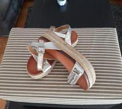 Srebrene sandale s ukrasnim detaljima, vel. 37