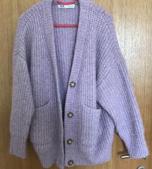 Zara lila pulover s gumbima