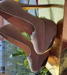 Nove cipele br 36