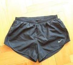 Nike DRI-FIT kratke sportske hlačice