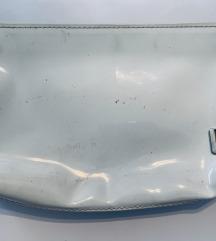 Clinique plastificirana torbica za šminku