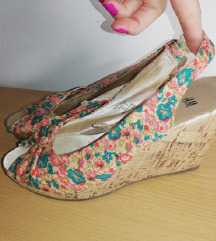 H&M cvjetne sandale