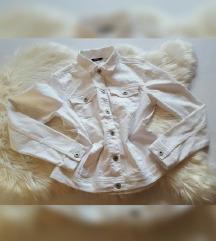 Esmara bijela traper jakna, kao nova
