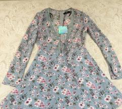 Nova Missguided cvijetna mini haljina dugih rukava
