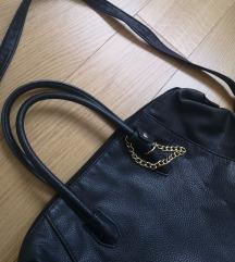 H&M klasična crna torba - sniženo