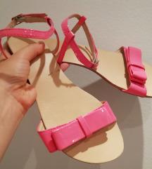 Pink sandale