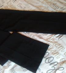 Crne hlače na crtu, nove