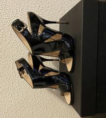 Crne lakirane sandale