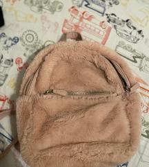 Rozi krzneni ruksak