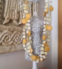 lijepa ogrlica