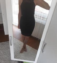 Crna čipkasta haljina -40%