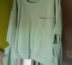 Zara majica/duksa s poderotinama