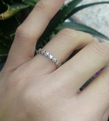 Srebrni prsten s zvjezdicama