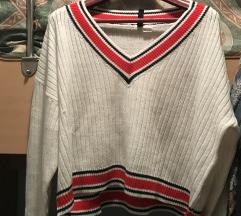 Lot 2 hm pulovera
