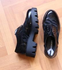 cipele s plaftormom