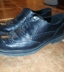 Crne kožne oxford cipele