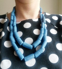 Plava ogrlica unikat