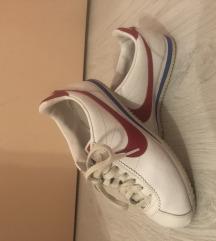 Adidas i Nike tenisice
