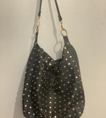 Crna OVS torba sa zakovicama