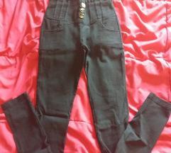 Crne hlače mekani traper