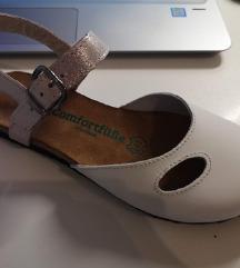 Bijele cipele od prave kože (24,5 cm)