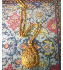 Amajlija ogrlica pozlata