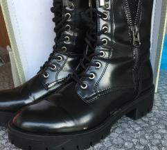 Čizme visoke  br39