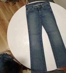 Armani jeans Comfort fit trapke 27