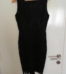 Svečana crna čipkasta haljina M