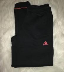Adidas trenirka SNIŽENA