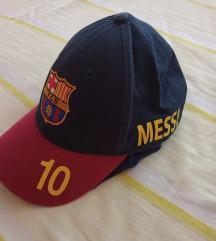 Odlična Barcelona kapa, vel 8 do 10 god