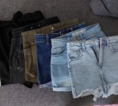 Lot kratke hlače
