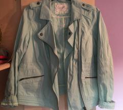 Svjetloplava jakna