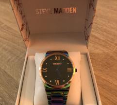 Sat Steve Madden