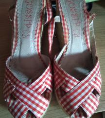 Sandale karirane