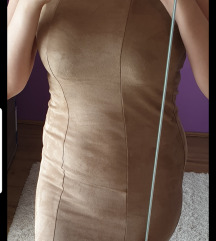 Uska kratka haljina