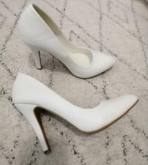 Bijele štikle