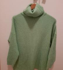 Stradivarius pulover