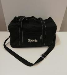Crna sportska torba SPORTS sa tri dimenzije