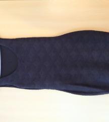 Izvrsno očuvana crna haljina