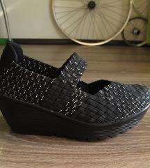 (% sniženo) Pletene sandale