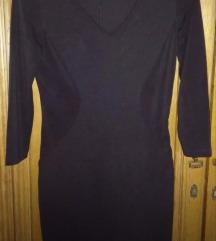 Crna uska haljinica 3/4 rukavi s/M
