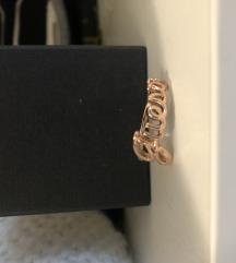 Guess rose gold prsten
