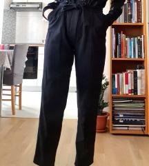 Nosive hlače Mango - udobne i poslovne!