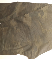 Vojnicke hlače Zara br.36