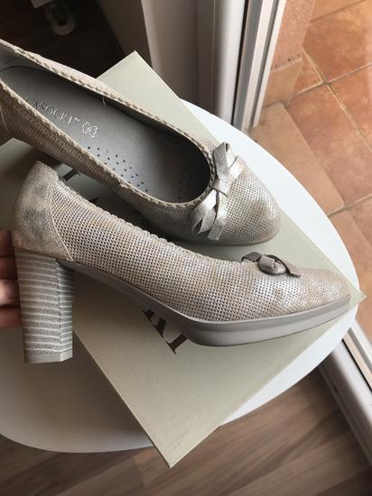 Lasocki cipele na petu